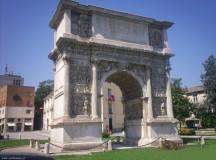 Viaggio nel centro storico e gustoso di Benevento