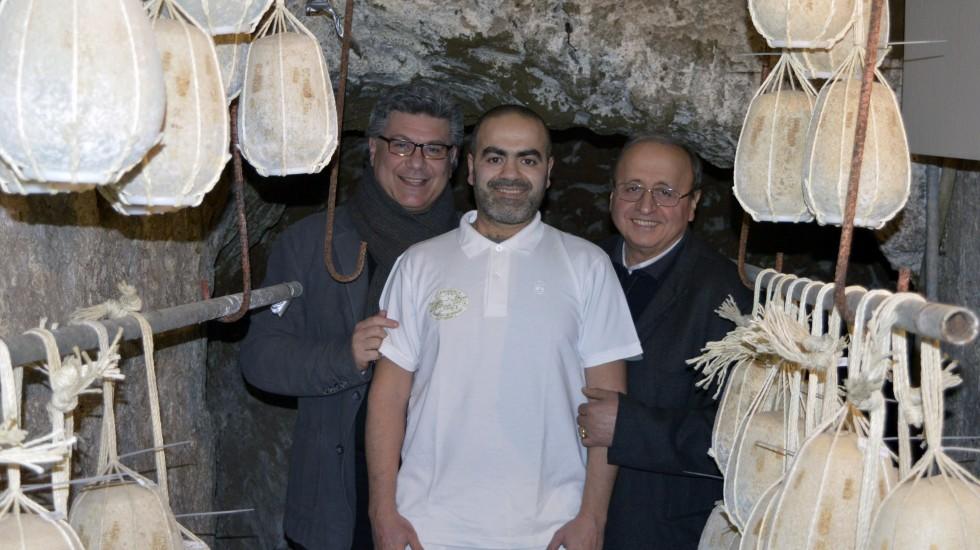Provolone del Monaco Dop, a Pacognano il Museo della Memoria datato 1850: il Caseificio De Gennaro conserva grotte ed attrezzi di un secolo e mezzo fa