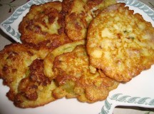 I piatti borbonici al Festival della Cucina Napoletana: regnano le pizzette di cavolfiori e broccoli con alici