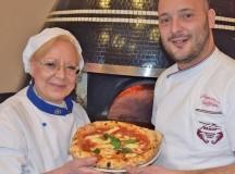 """La pizzeria Franco di Napoli lancia i """"lunedì della famiglia""""  in collaborazione con le Acli di Napoli: da lunedì 20 febbraio pizza e cinema gratis per le famiglie indigenti"""