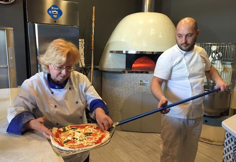 """Il 30 maggio da Franco Gallifuoco """"Incontro di Pizza"""" con Pierluigi Police e """"cucina salvavita"""" con Santa Di Salvo"""
