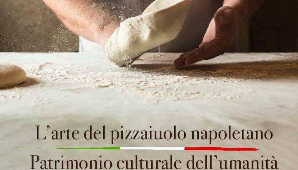 """L'UNESCO riconosce """"L'arte del pizzaiolo napoletano"""" come Patrimonio Culturale dell'Umanità"""